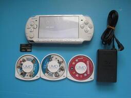 PSP 白 主機一部3007型 附配件.可讀卡. 機況良好.無附電池 圖片內容為實物