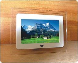 直形 7吋數位相框 照片/MP3/MP4,立體聲/萬年歷/鬧鐘,支援MS/SD/MMC 超低震撼價