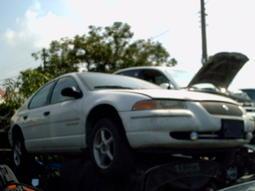 Chrysler  捲雲 STRATUS 零件車