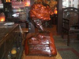 達摩智慧圓滿象徵(悟禪)三義木雕大師李慶祥有落款~長36寬33高60公分~頂級紅花梨木根瘤頭