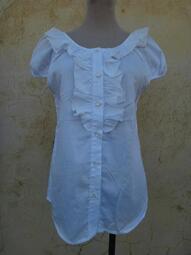 楹 ~ 全新 正品 安妮公主  Anny prineess 白色 荷葉領上衣 size: 160