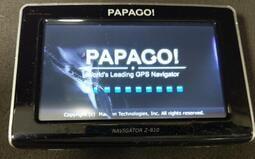"""二手Papago Z810 4.3""""導航機(初步測試可以開機但無法進入系統螢幕有傷當零件機"""