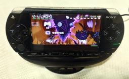 二手 ~ Sony PSP 1007 遊戲機 + 充電座 + 原廠充電組  < 歡迎合理議價 >