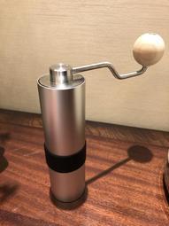 ★訂製★ 海勒 Helor 108 不鏽鋼 陶瓷 手搖 咖啡豆 磨豆機 研磨 手沖咖啡 單品 義式 匿名 101