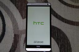 HTC One Max 全機完整漂亮,可正常開機