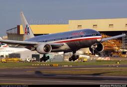 鐵鳥俱樂部 JC Wings 1/200 美國航空 American 777-200ER N793AN