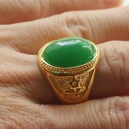 久不掉色仿黃金鑲寶石24K開口戒指男霸王金銅鍍金沙金假金玉指環綠色含金量約0.2克